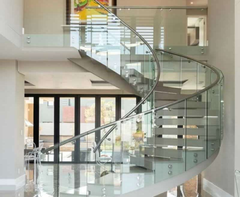 5 explanation why glass balustrade is an effective alternative