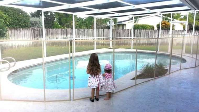 Do that you must set up a pool fence?