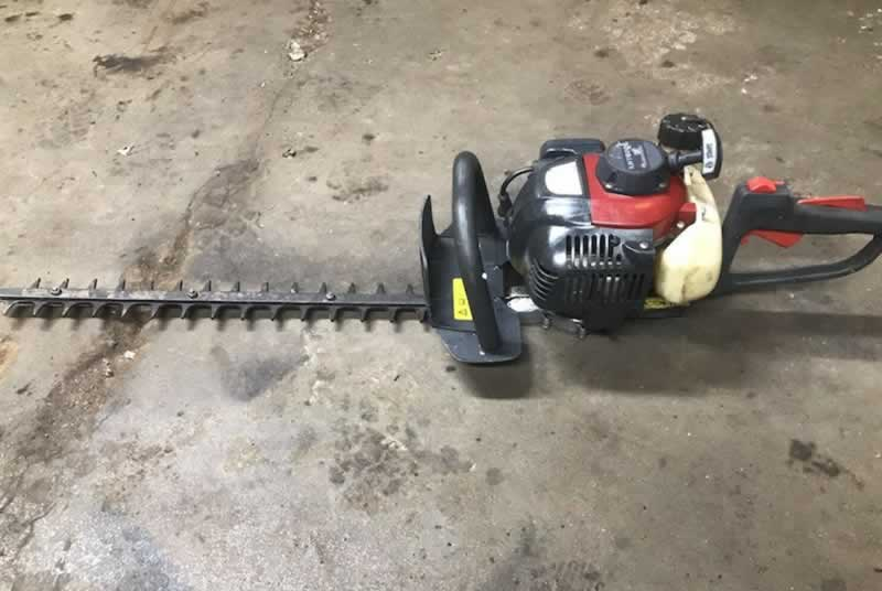 Ideas for the upkeep of gasoline hedge trimmers
