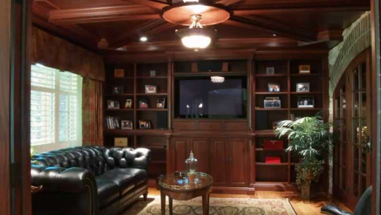 Inside must-haves for the cigar room of your desires