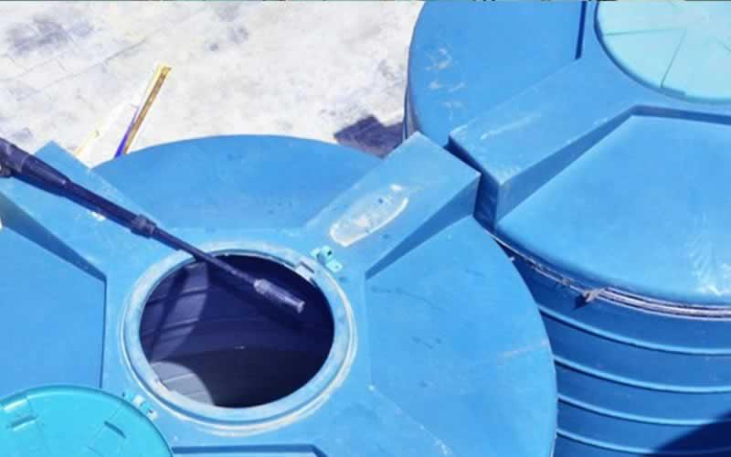 5 methods to scrub a water tank