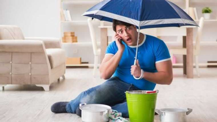 6 belongings you shouldn't do after water injury in your house