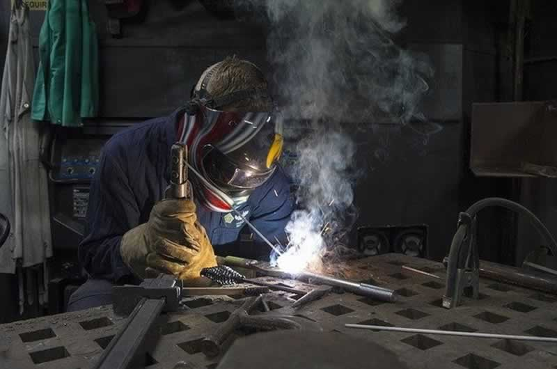 Every part it's essential know to grow to be a DIY welder
