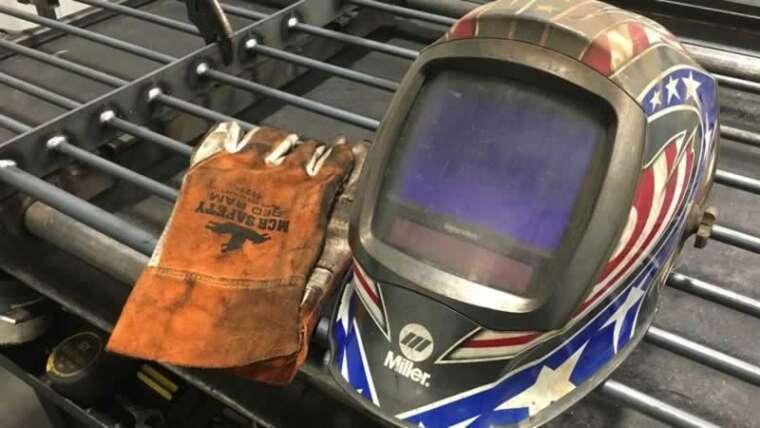 Forms of welding helmets