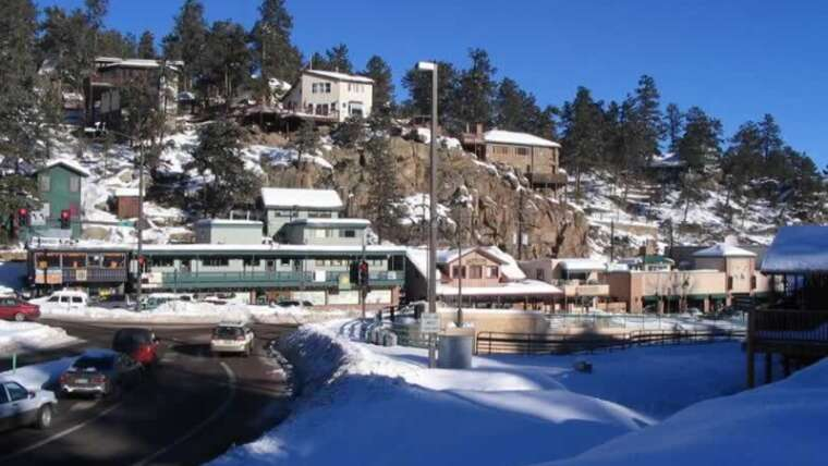 Dwelling in Evergreen Colorado: Is It a Good Place to Move the Remainder of Your Life?