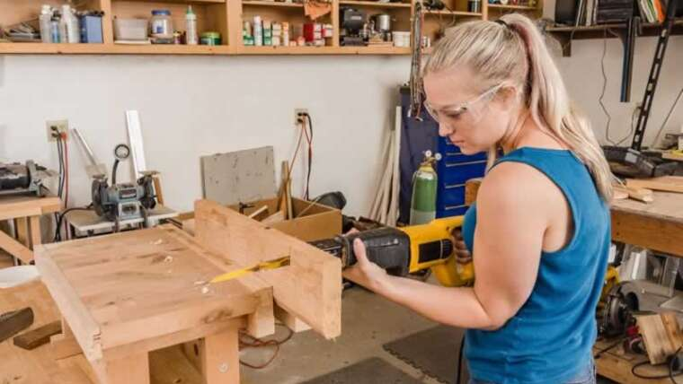 Reciprocating Saws 101: What Are They Used For And Why Do You Want One?