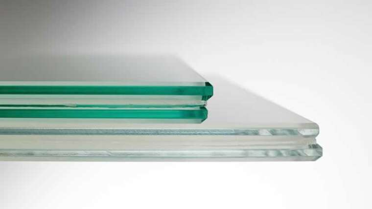 What's the applicable glass thickness for my customized bathe door order?