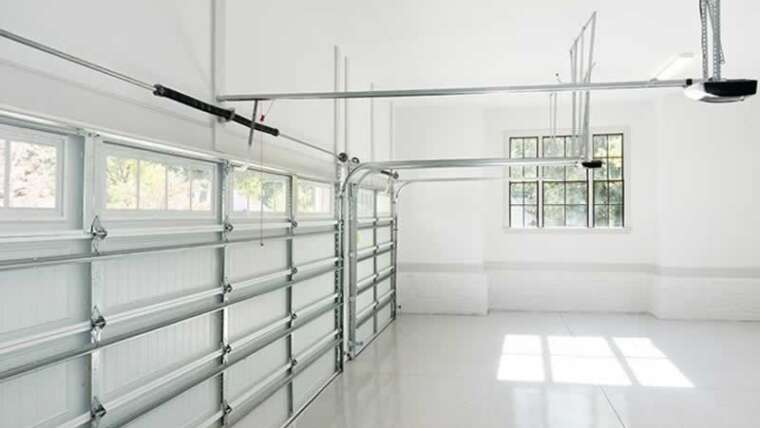 How to decide on the perfect storage door restore firm available on the market?
