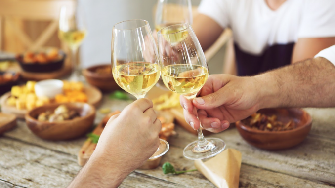 Why many individuals get pleasure from white wine