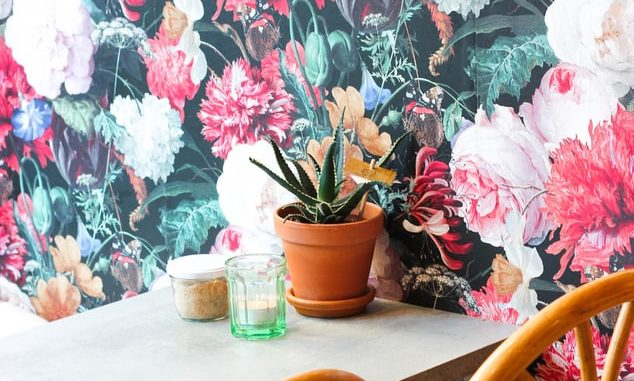 Replace your house with detachable wallpapers for a tremendous transformation