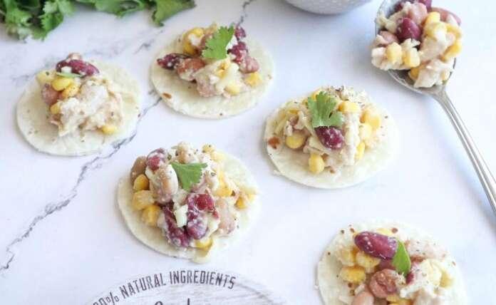 Mini hen tortillas with SSS Meals Hommus