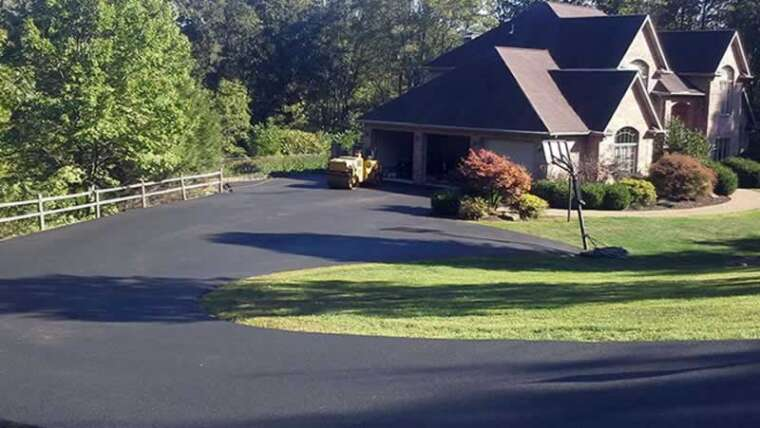 Why is asphalt pavement so well-liked?