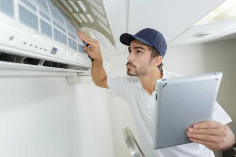 What to Look For When Hiring an HVAC Contractor