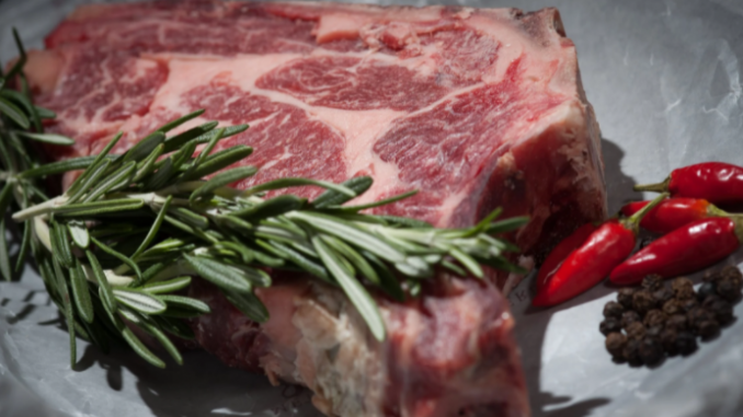 What to Look For When Shopping for Meat: 7 Suggestions