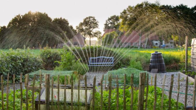 How do sprinkler timers work?