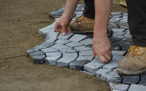 A complete information to pure stone paving